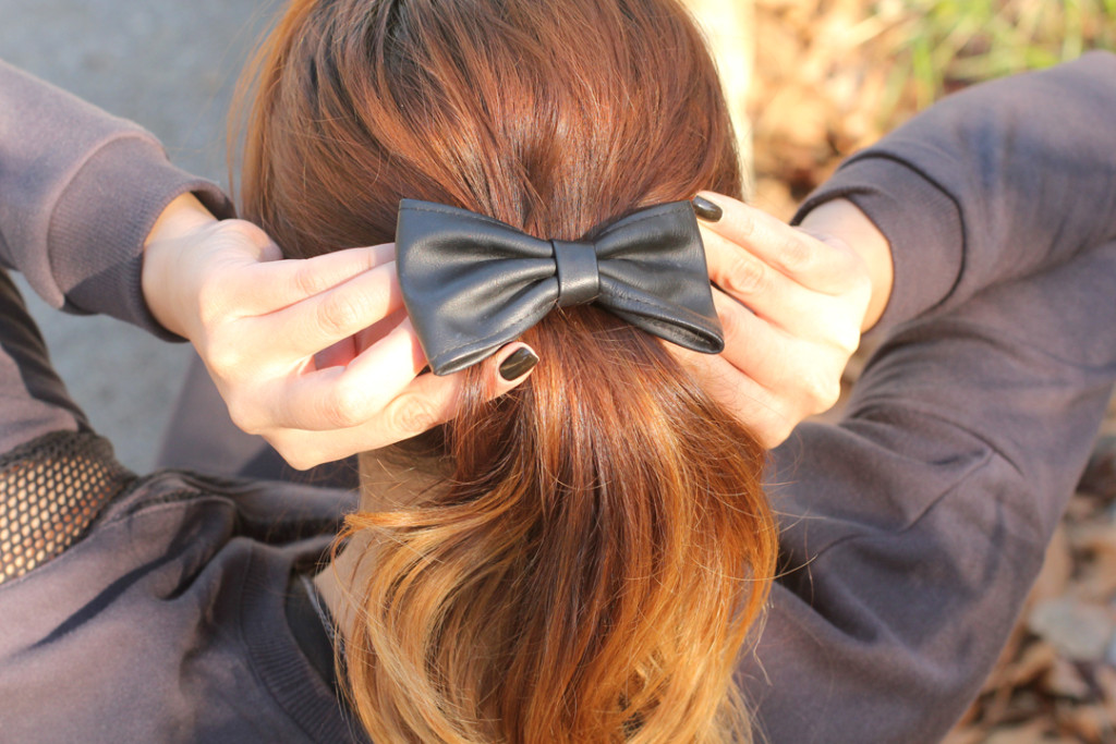 Leather bow in ombre hair